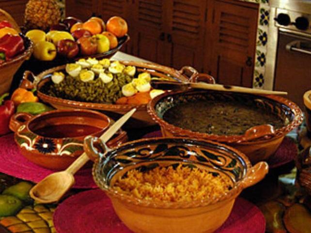 "Diplomado en cocina tradicional: ""Latidos de la cocina tradicional mexicana"""